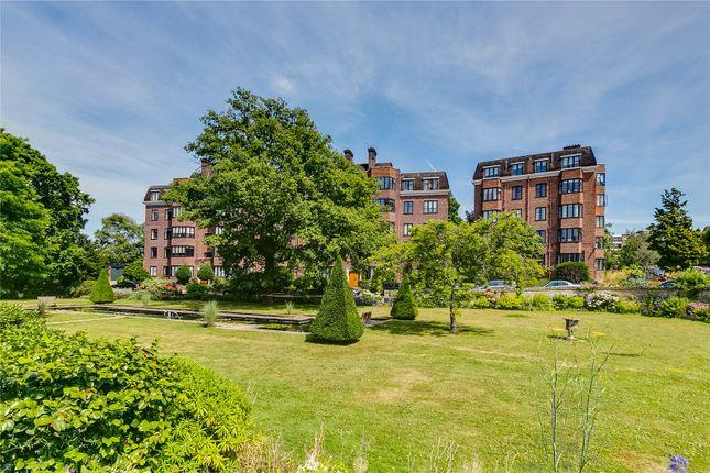 Thumbnail Flat for sale in Selwyn House, Manor Fields, Putney, London