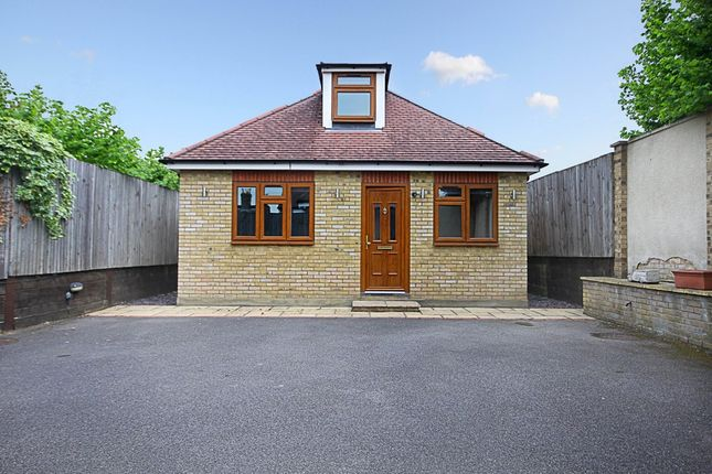 Thumbnail Detached bungalow to rent in Studley Grange Road, London