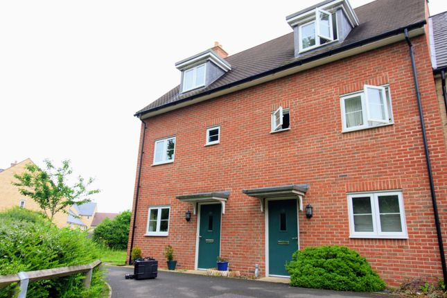 Thumbnail End terrace house for sale in Hayday Close, Yarnton, Oxford, Oxon