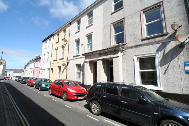 2 bed flat for sale in Clifton Place, North Hill, Plymouth PL4
