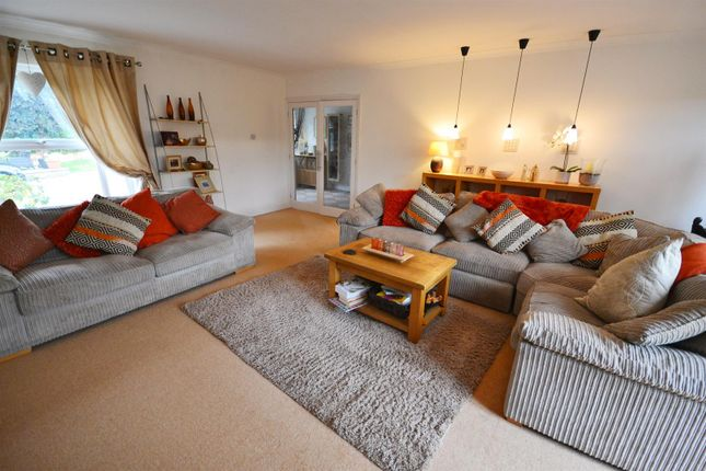 Lounge 11 of Bryn Hir, Old Narberth Road, Tenby SA70