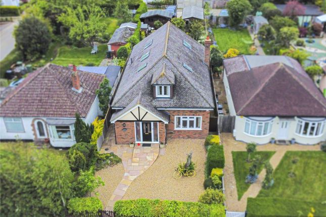Thumbnail Detached house for sale in Dunstable Road, Redbourn, St. Albans, Hertfordshire