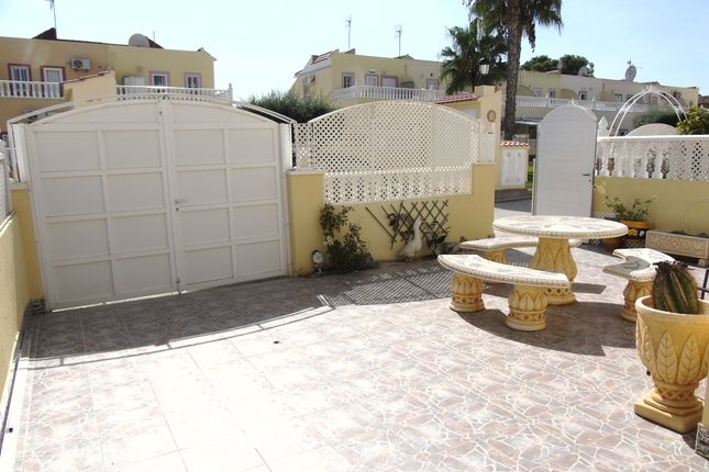 Town house for sale in Calle Flourita, Orihuela Costa, Alicante, Valencia, Spain