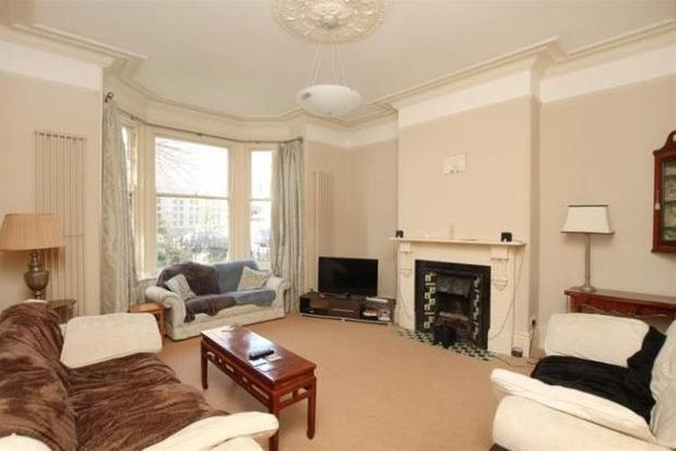 Thumbnail Property to rent in Collegiate Crescent, Ecclesall Road
