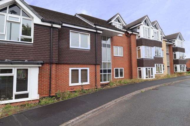 2 bed flat to rent in Penkvale Mews, Stafford ST17