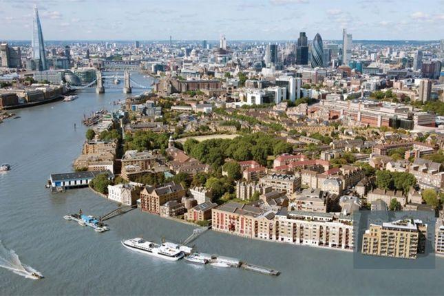 Thumbnail Flat for sale in Alexander Wharf, London Dock, Pennington Street