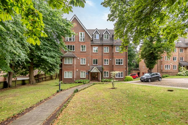 Thumbnail Flat to rent in Court Road, Eltham