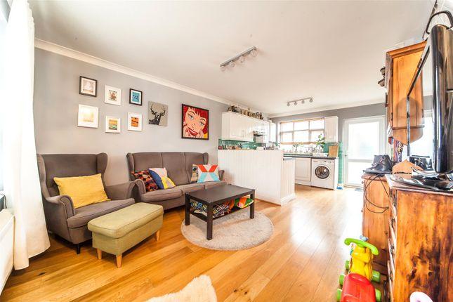 Living Area of Offenham Road, Mottingham, London SE9