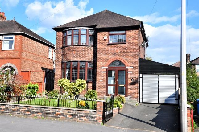 3 bed detached house for sale in Weaste Lane, Salford M5