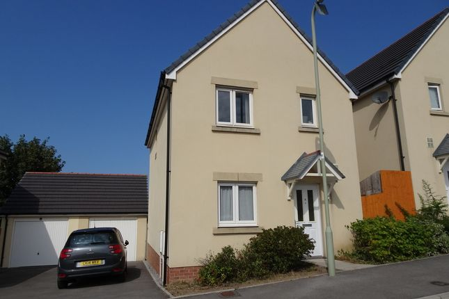 Thumbnail Detached house for sale in Cilgant Y Lein, Pyle, Bridgend