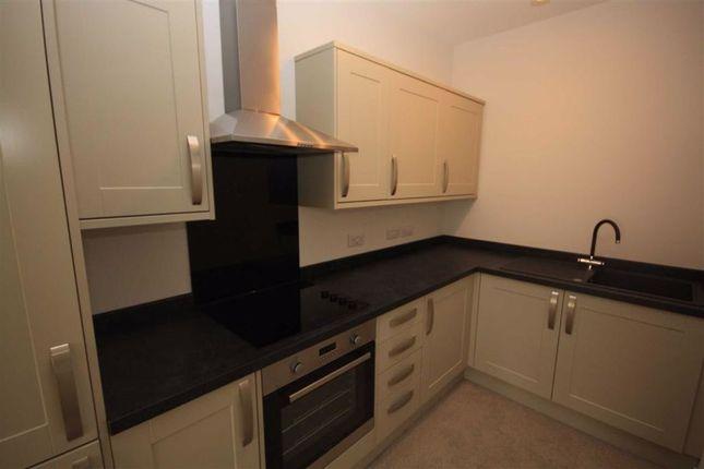 Thumbnail Flat to rent in Prestongate, Hessle