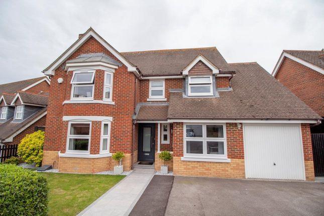 Thumbnail Detached house for sale in Skylark Close, Basingstoke