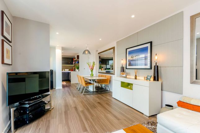 Thumbnail Flat for sale in Buckhold Road, Wandsworth