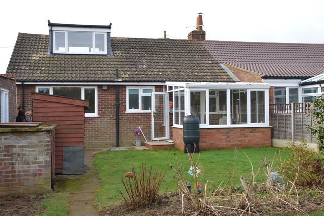 Thumbnail Bungalow to rent in Potton Road, Everton