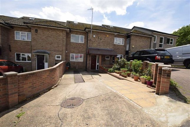 Thumbnail Terraced house to rent in Swanstead, Basildon, Essex