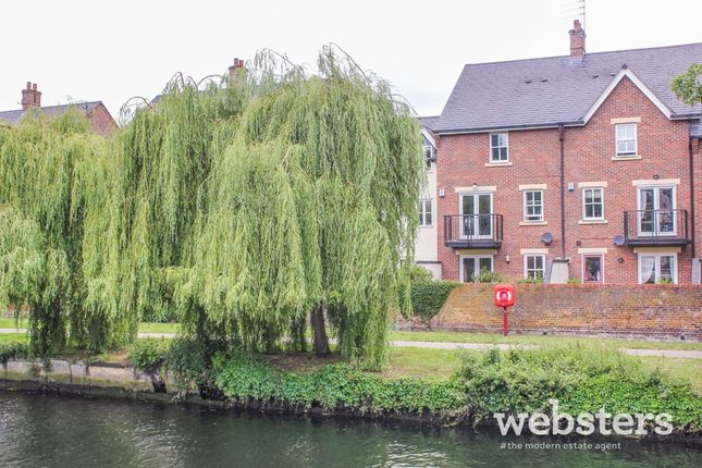 Thumbnail Town house for sale in Lovelstaithe, Norwich