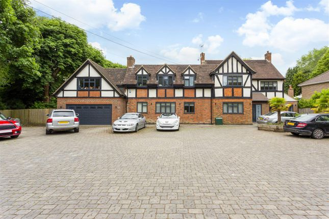 Thumbnail Detached house for sale in Waterhouse Lane, Kingswood, Tadworth