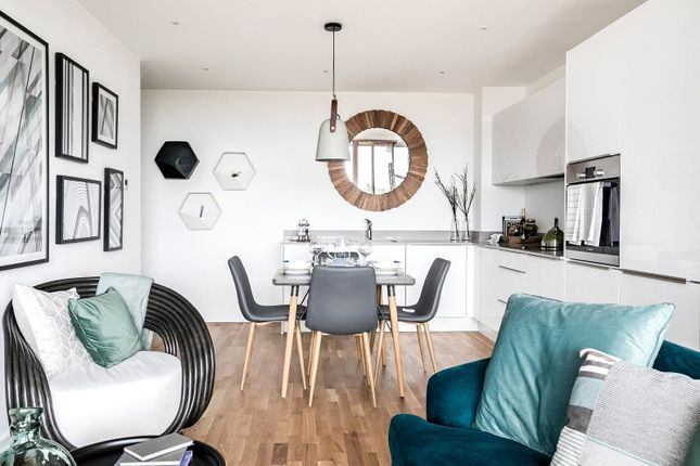 Thumbnail Flat for sale in Keeping Court, St Mark's Square, Bromley