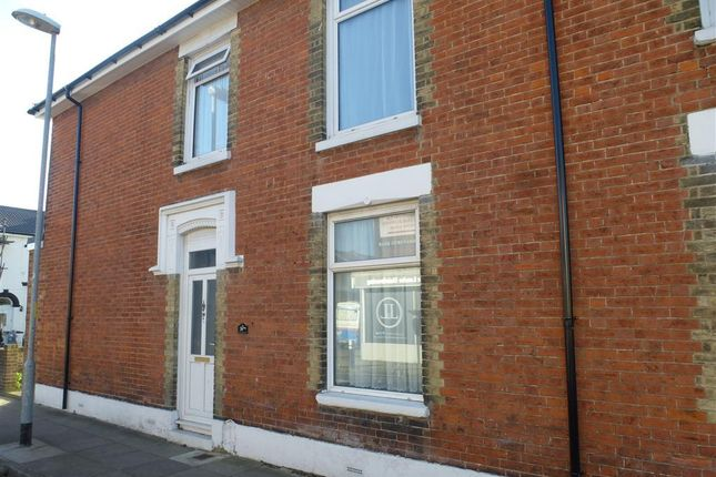 Thumbnail Flat to rent in Chichester Road, Portsmouth