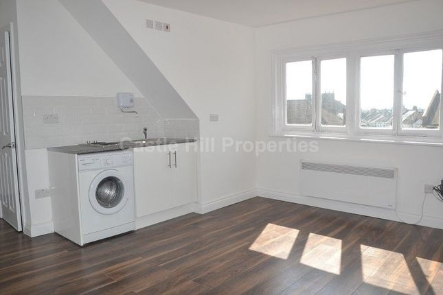 Property to rent in Emanuel Avenue, Acton, London.