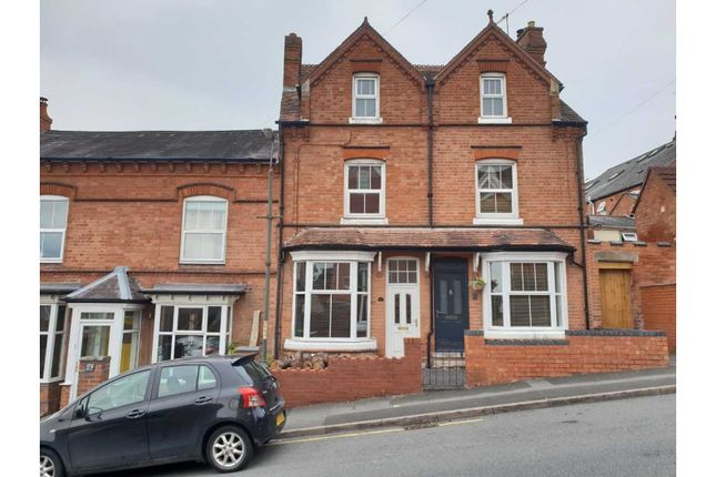 Thumbnail Terraced house for sale in Salop Road, Redditch