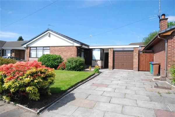 Thumbnail Bungalow for sale in Oakleigh Close, Hopwood, Rochdale