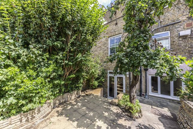 Thumbnail Flat to rent in Crown Road, St Margarets, Twickenham