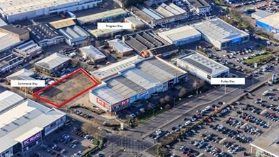 Thumbnail Land to let in 2 Commerce Way, Croydon, Surrey