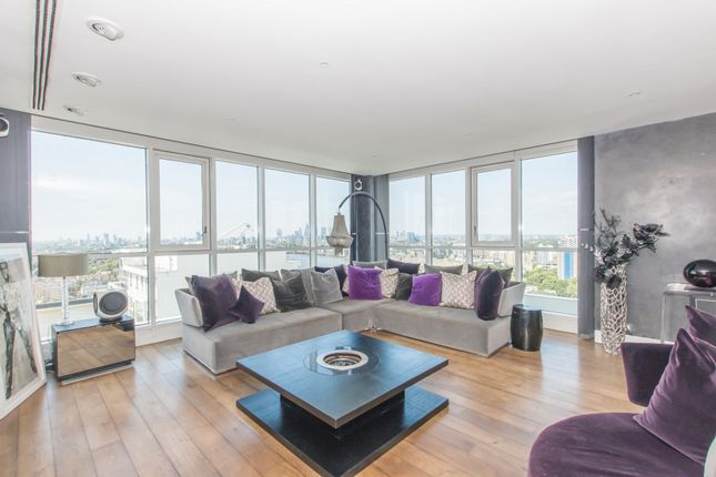 Thumbnail Penthouse to rent in Eaton House, Westferry Circus, Canary Wharf