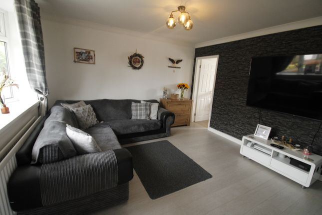 Thumbnail Terraced house for sale in Ferngrove, Jarrow
