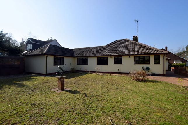 Thumbnail Detached bungalow for sale in Fairland Close, Fleet
