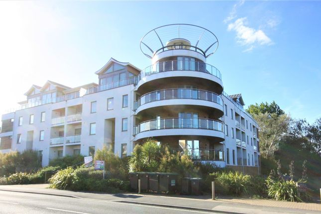 2 bed flat to rent in Greenhill, Weymouth DT4