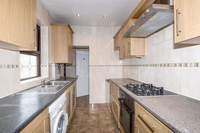 Thumbnail Terraced house to rent in Hanworth Road, Hounslow