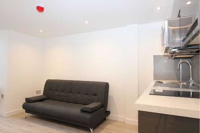 Thumbnail Property to rent in Southern Court, South Street, Reading