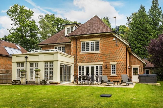 Thumbnail Detached house for sale in West Hill, Dormans Park, East Grinstead