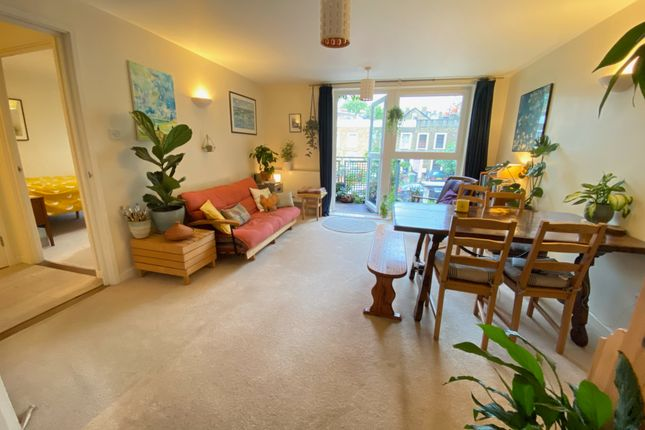 1 bed flat for sale in Brooklands Court, 460 Wandsworth Road, Lambeth, London SW8