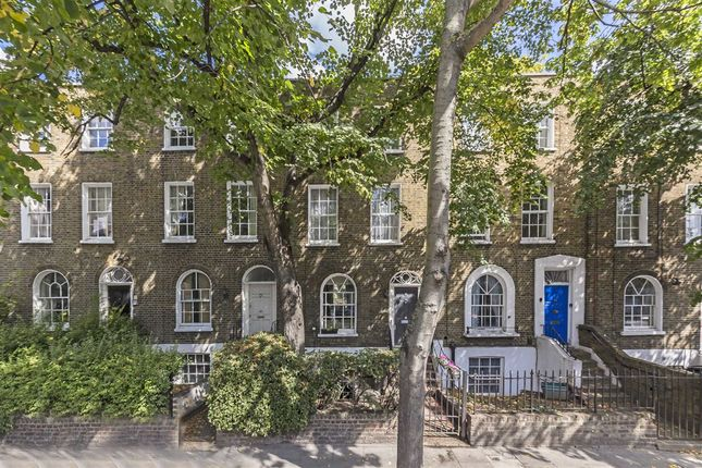Thumbnail Terraced house for sale in Canonbury Road, London