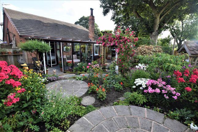 Thumbnail Detached bungalow for sale in Oaken Clough Drive, Ashton-Under-Lyne