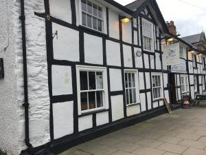 Thumbnail Pub/bar for sale in Short Bridge Street, Llanidloes