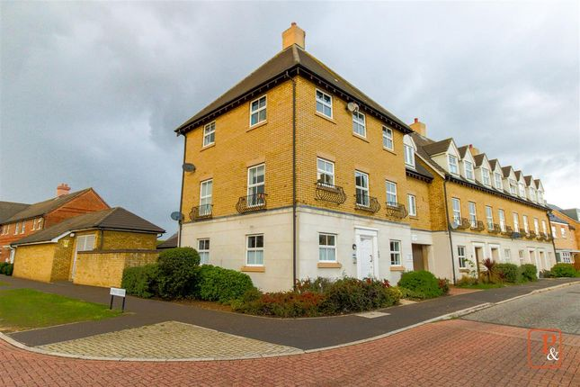 Main Picture of Robin Crescent, Stanway, Colchester CO3
