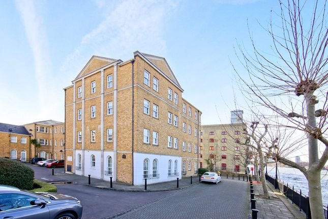 Picture No. 01 of Frederick Square, Rotherhithe, London SE16