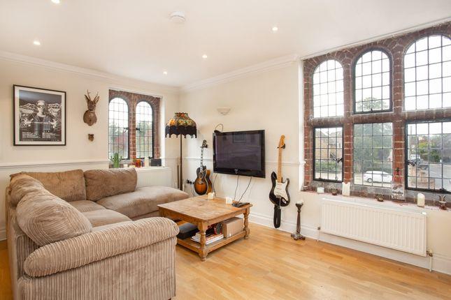 Thumbnail Flat to rent in Hatch Lane, Windsor