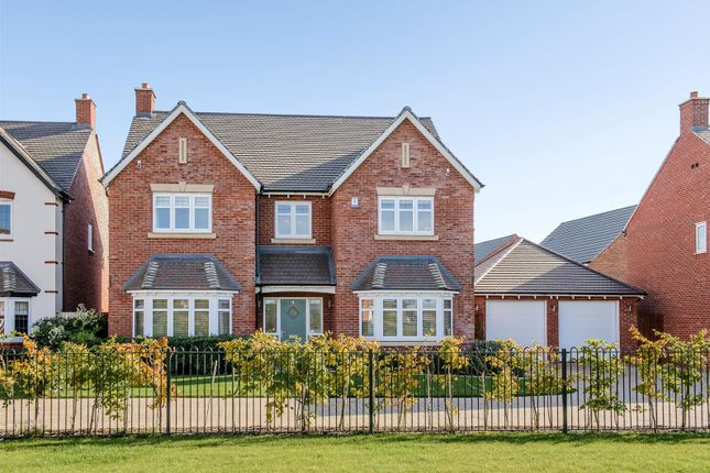 Thumbnail Detached house for sale in Twain Gardens, Chase Meadow, Warwick, Warwickshire