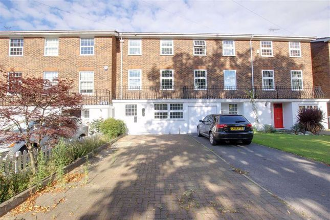 Thumbnail Terraced house to rent in York Road, New Barnet, Hertfordshire