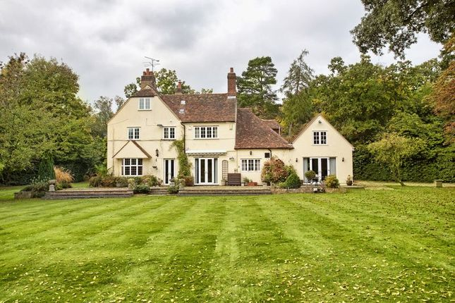 Thumbnail Detached house for sale in Digswell, Nr Welwyn, Herts