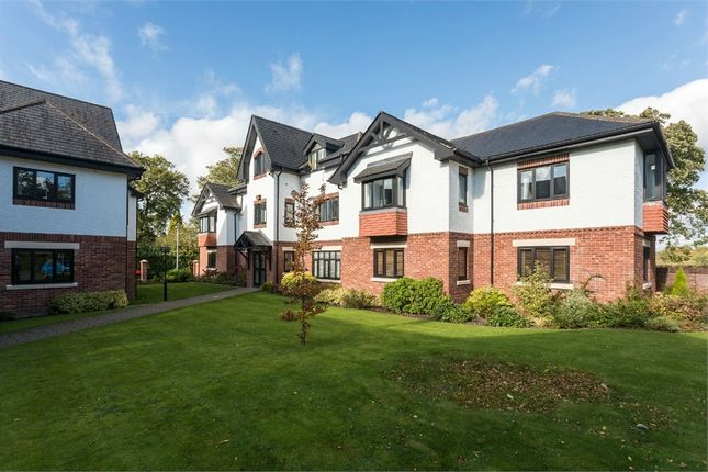 Thumbnail Flat to rent in Hunters Close, Wilmslow, Cheshire