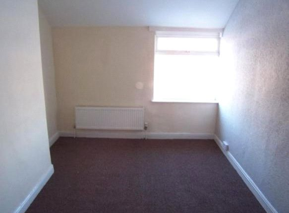 Picture No. 08 of Seymour Road, Maltby, Rotherham, South Yorkshire S66
