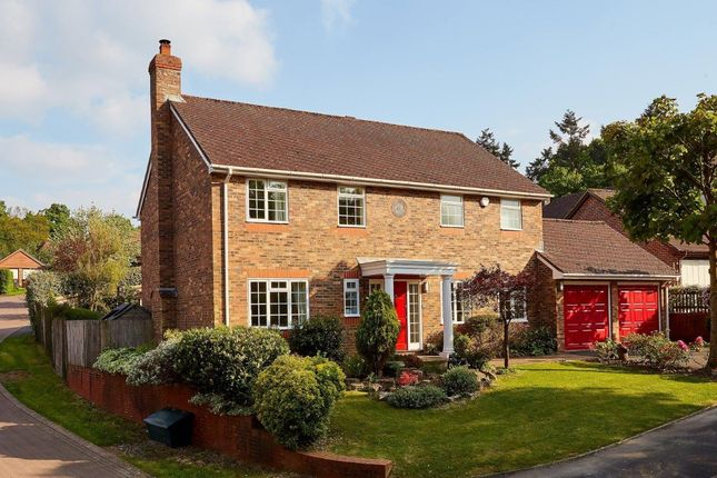 Thumbnail Detached house for sale in Baldock Road, Wadhurst