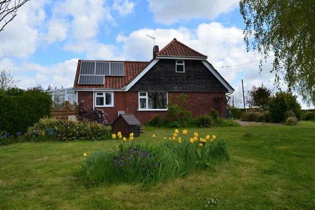 3 bed detached house for sale in Saxmundham Road, Woodbridge, Suffolk IP13