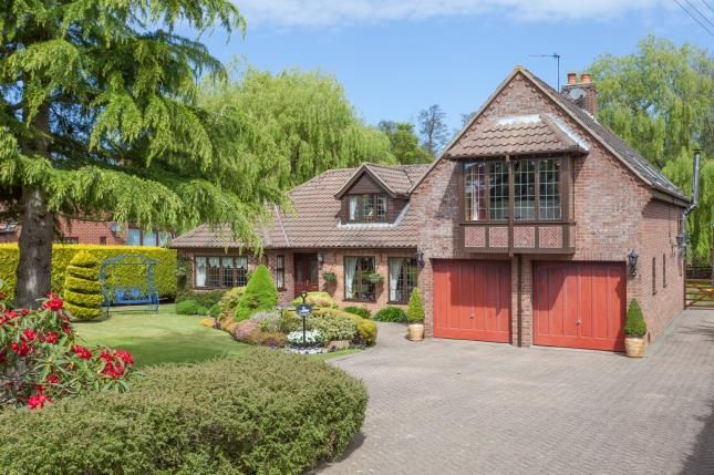 Thumbnail Bungalow for sale in Neatishead, Norwich, Norfolk